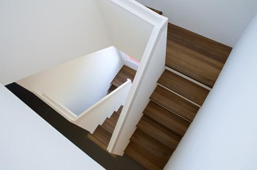 der zinkenbiber news treppenrenovation eiche ger uchert. Black Bedroom Furniture Sets. Home Design Ideas